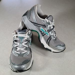Brooks Trance 9 Women's Running Shoes Size 6